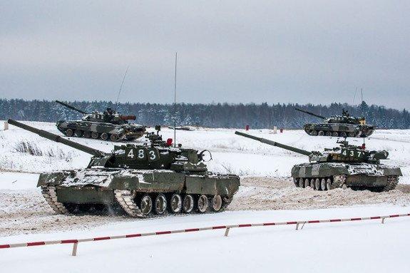 ВЧ 31985. На занятиях по боевой подготовке экипажей танков