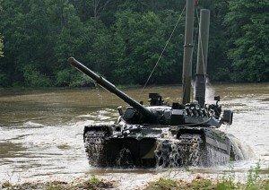 ВЧ 32010. Занятия по вождению танков