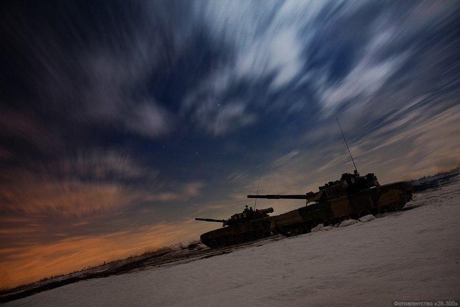 ВЧ 32010. Ночные танковые учения