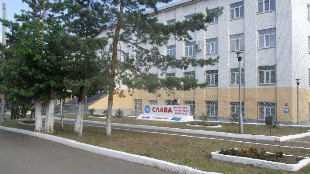 Фото ВЧ 32364. Здание одной из казарм в части