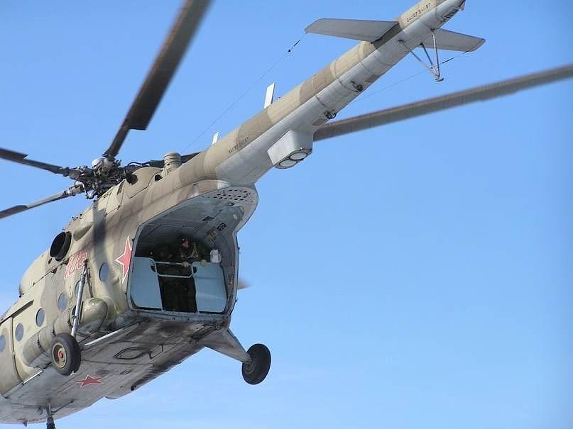 Фото ВЧ 32364. Тренировки по прыжкам с вертолета