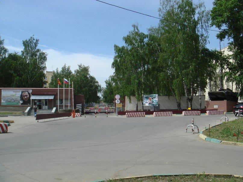 ВЧ 54046. У КПП части (Нижний Новгород)