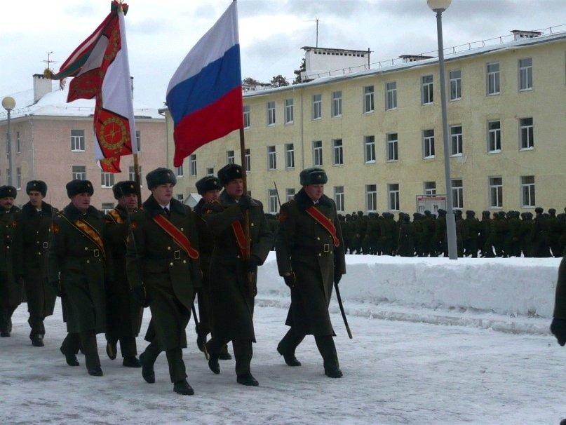 ВЧ 61423. Знамя части на церемонии принятия присяги