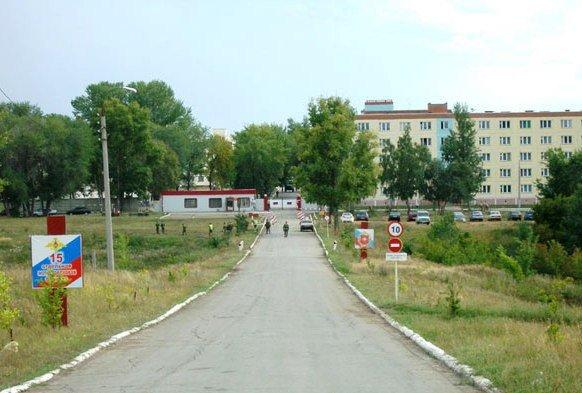 ВЧ 90600. Дорога на КПП 15-й бригады
