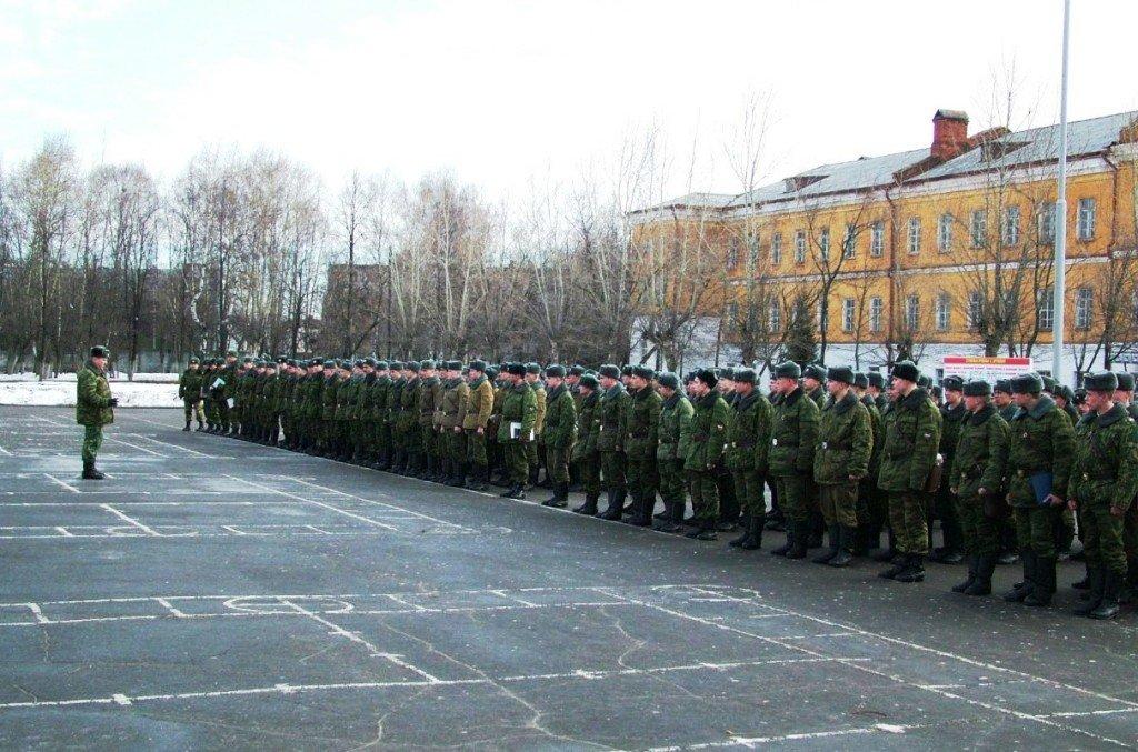 ВЧ 30616-8. Построение на плацу полка