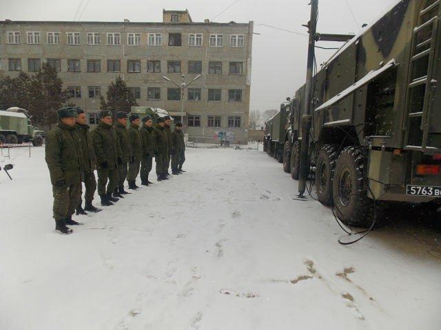 ВЧ 53790. Солдаты части на практических занятиях