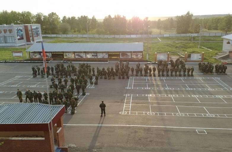 ВЧ 63494. Строевой плац 12-й инженерной бригады
