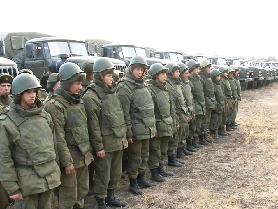 ВЧ11387. Солдаты части на занятиях