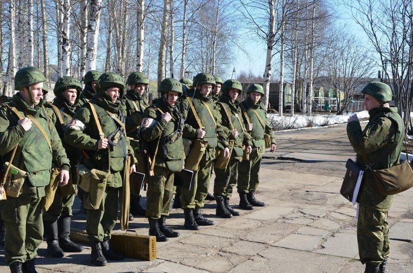 ВЧ21514. Проведение инструктажа солдатам