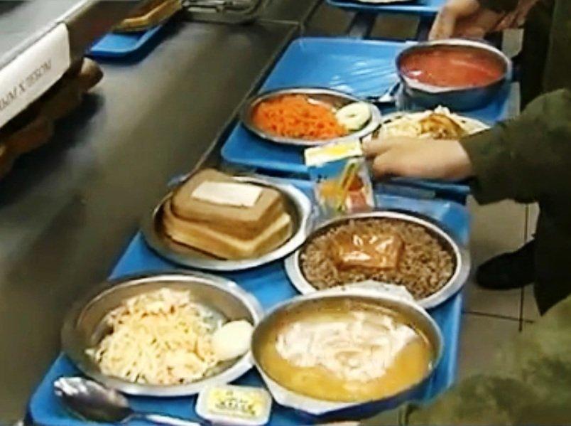 ВЧ 11385. Солдатский обед в столовой части