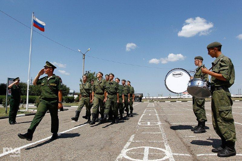Военные железнодорожники юво наведут наплавной мост через волгу и протестируют новое водолазное оборудование