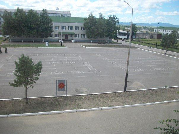 ВЧ61424. Вид на строевой плац части