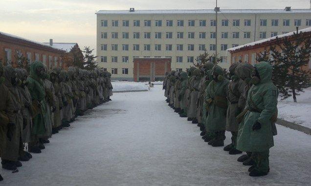 ВЧ64670. Солдаты части на занятиях