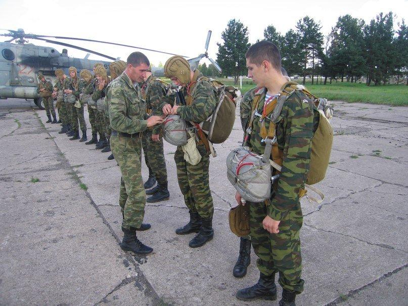 ВЧ 64044. Подготовка к прыжкам с парашютом