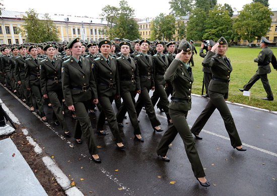 Работа в армии для девушек по контракту вакансии когнитивно поведенческая девушка модель в социальной работе