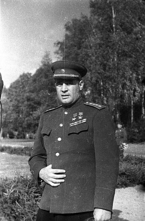 Черняховский Иван Данилович Герой Советского Союза