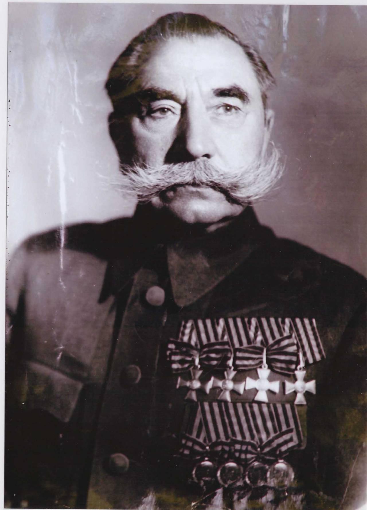 Пожилой Буденный Семен Михайлович в послевоенное время