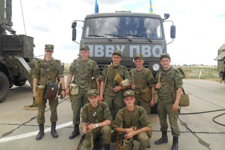 Курсанты ЯВВУ ПВО