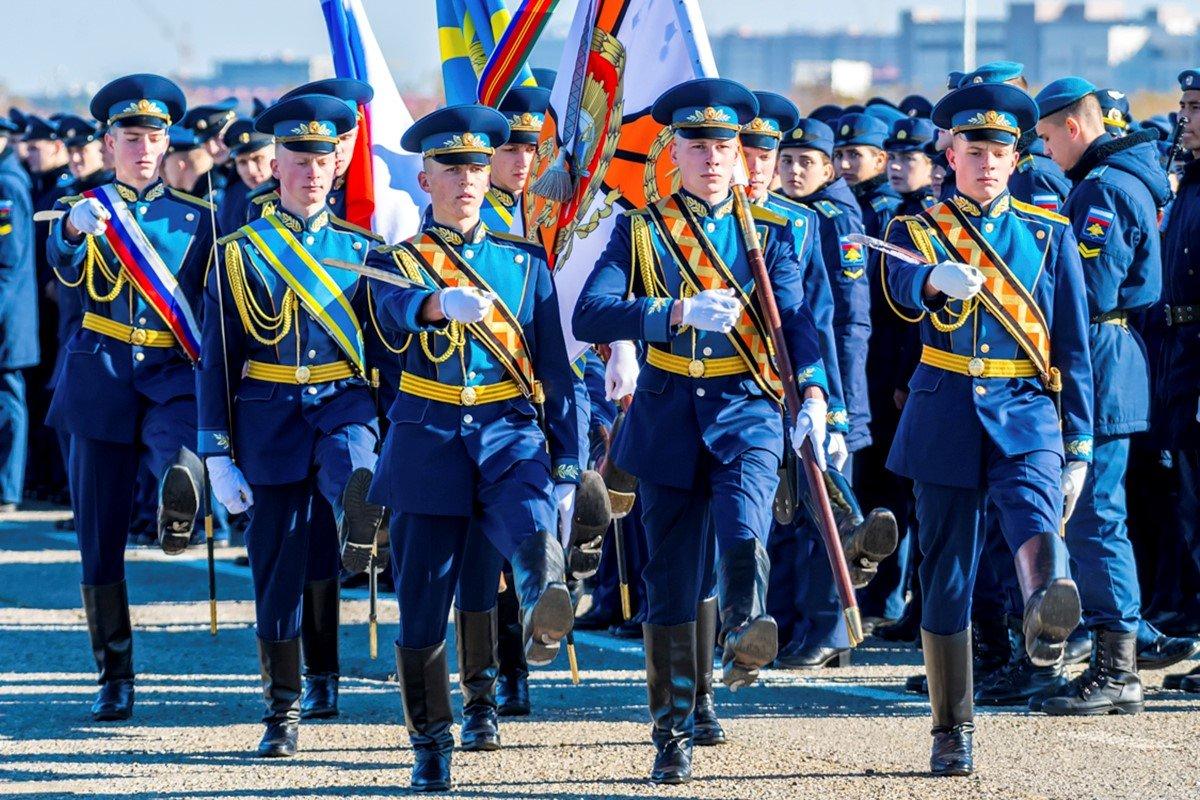 Курсанты Военного авиационного училища