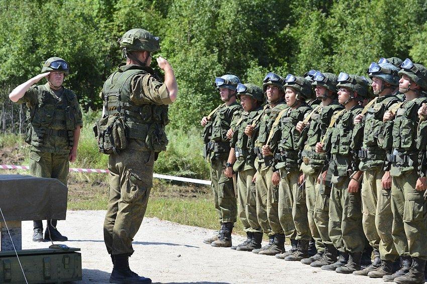Военные сборы на полигоне у курсантов ДВОКУ