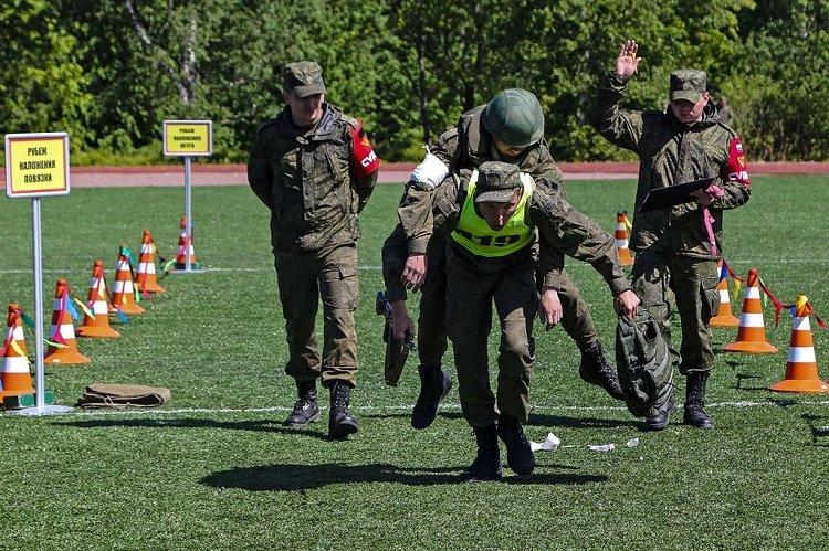 Военно-медицинское многоборье среди курсантов ВМА