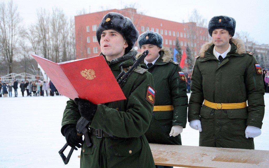 Военная присяга в академии МТО