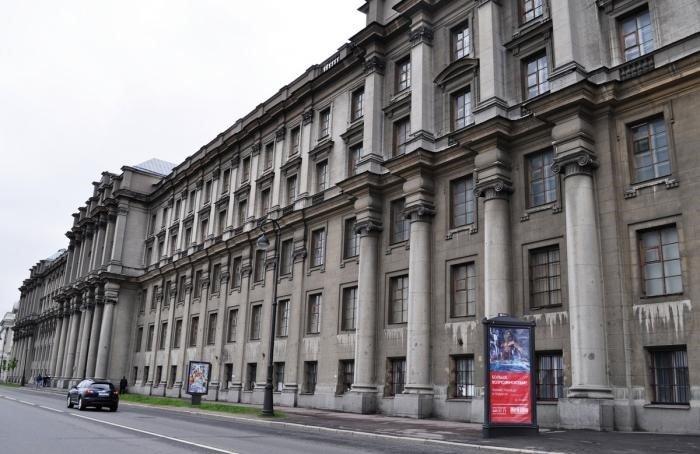 Здание военной академии МТО