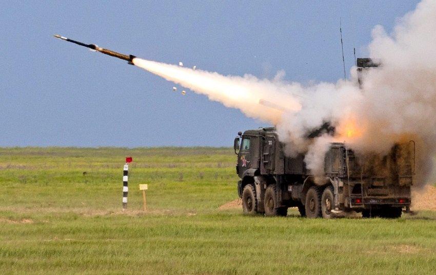 Пуск ракеты комплексом ПВО