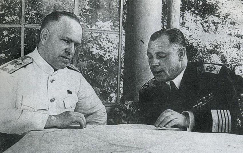 Кузнецов и Жуков в Потсдаме